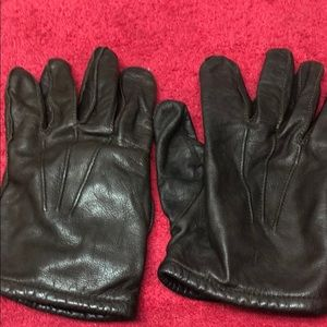 Men's dark brown leather gloves with acrylic line